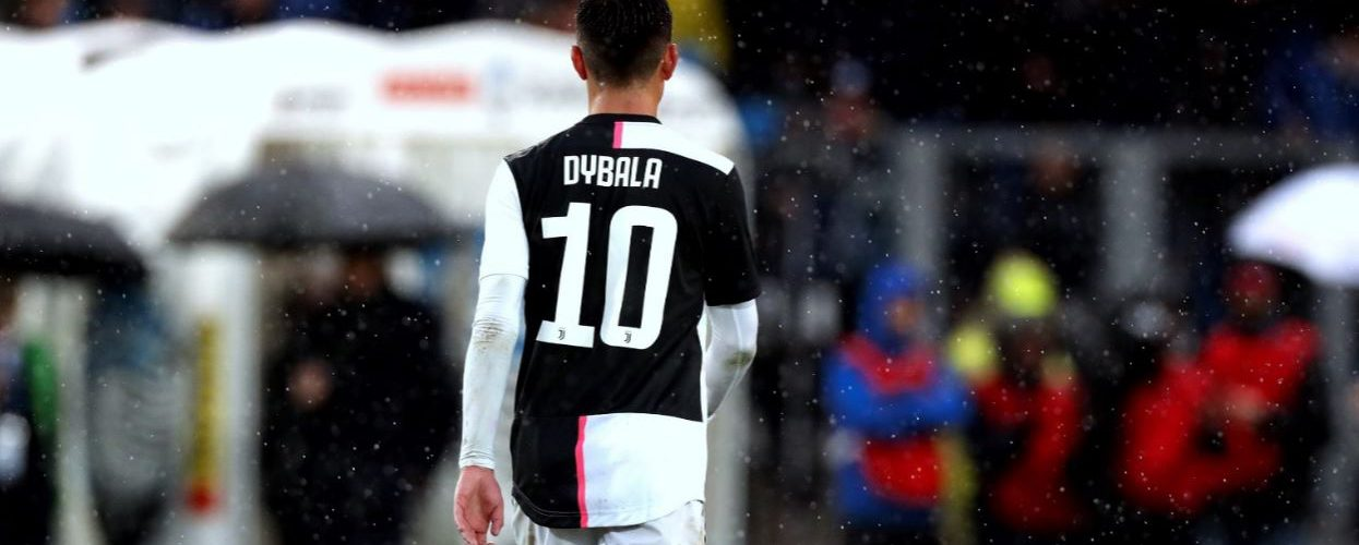 Juventus, Dybala e la ragazza positivi al Covid-19
