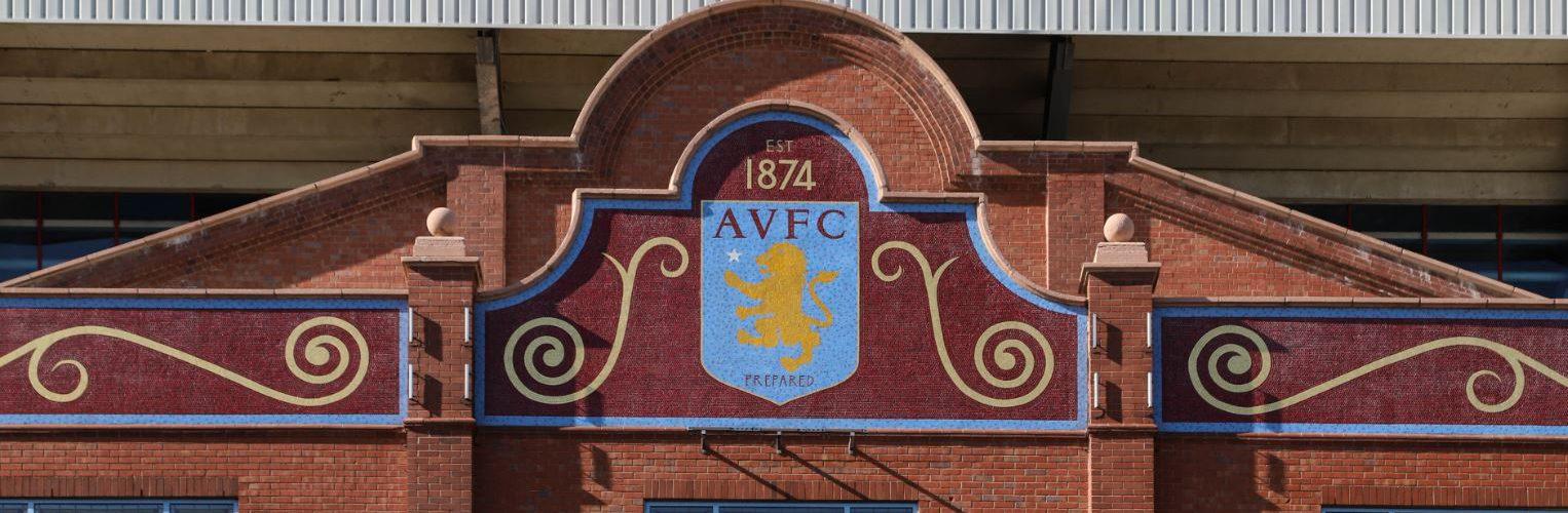 Premier League, l'Aston Villa ha vietato ai suoi giocatori… di fare il Fantacalcio
