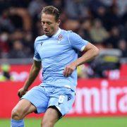 Lazio, Lucas Leiva twitta i complimenti ad un ex compagno del Liverpool