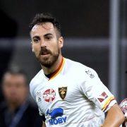 Mancosu rinnova con il Lecce: «Mi avete fatto vivere la retrocessione più bella della mia vita»