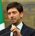 Speranza: «Tutti gli italiani saranno vaccinati entro la fine dell'estate»