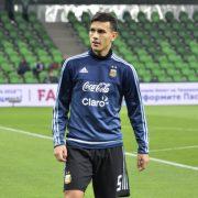 Paredes esclude l'addio al PSG: «Spero di restare a Parigi a lungo»