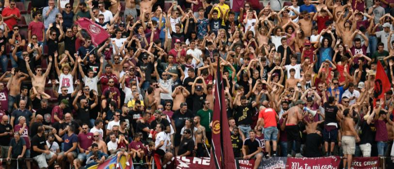 Una squadra di Serie B ha appena svincolato tutta la rosa