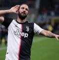 Fiorentina, spunta Higuain nell'affare Chiesa con la Juventus