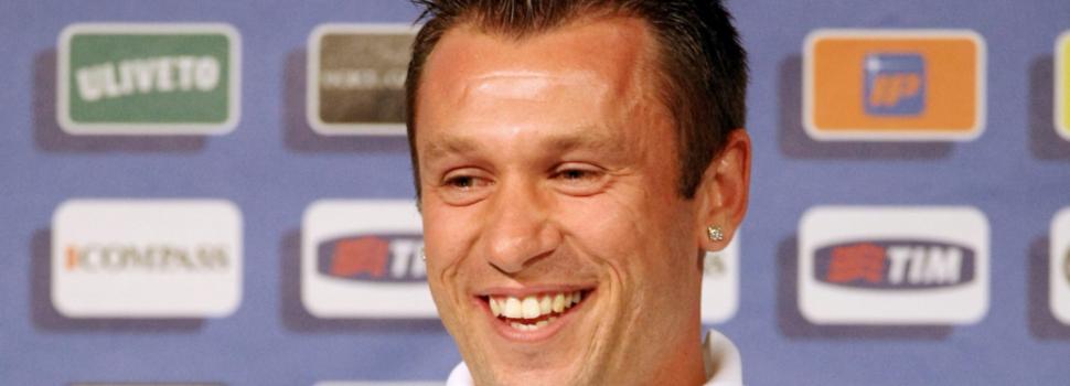 Cassano: «Sicuri che Conte sia un grandissimo allenatore? Se l'Inter perde con la Juve rischia di uscire…»