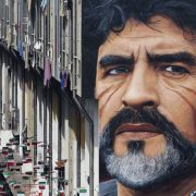 Il tenero omaggio di Siviglia e Atletico Madrid a Diego Maradona