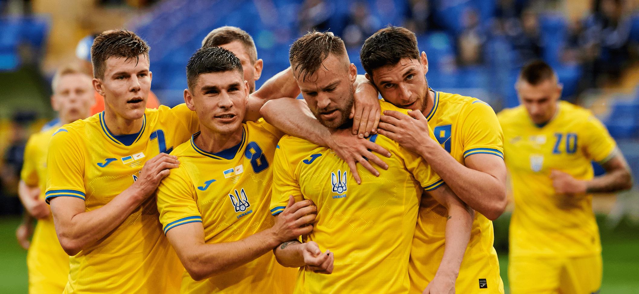 L'Ucraina di Shevchenko si aggrappa a Yarmolenko